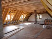 Ausbaubare Dachwohnung